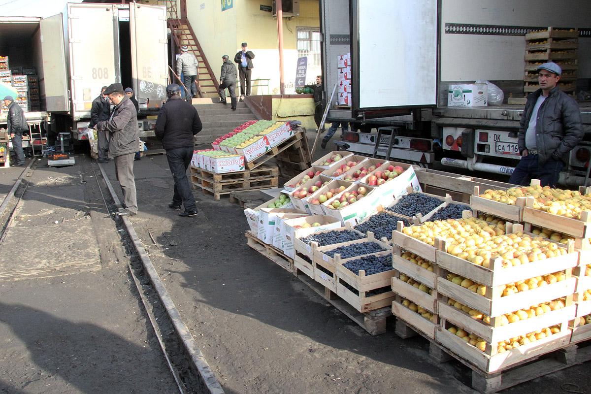 Азербайджан вознамерился построить овощные склады в Екатеринбурге