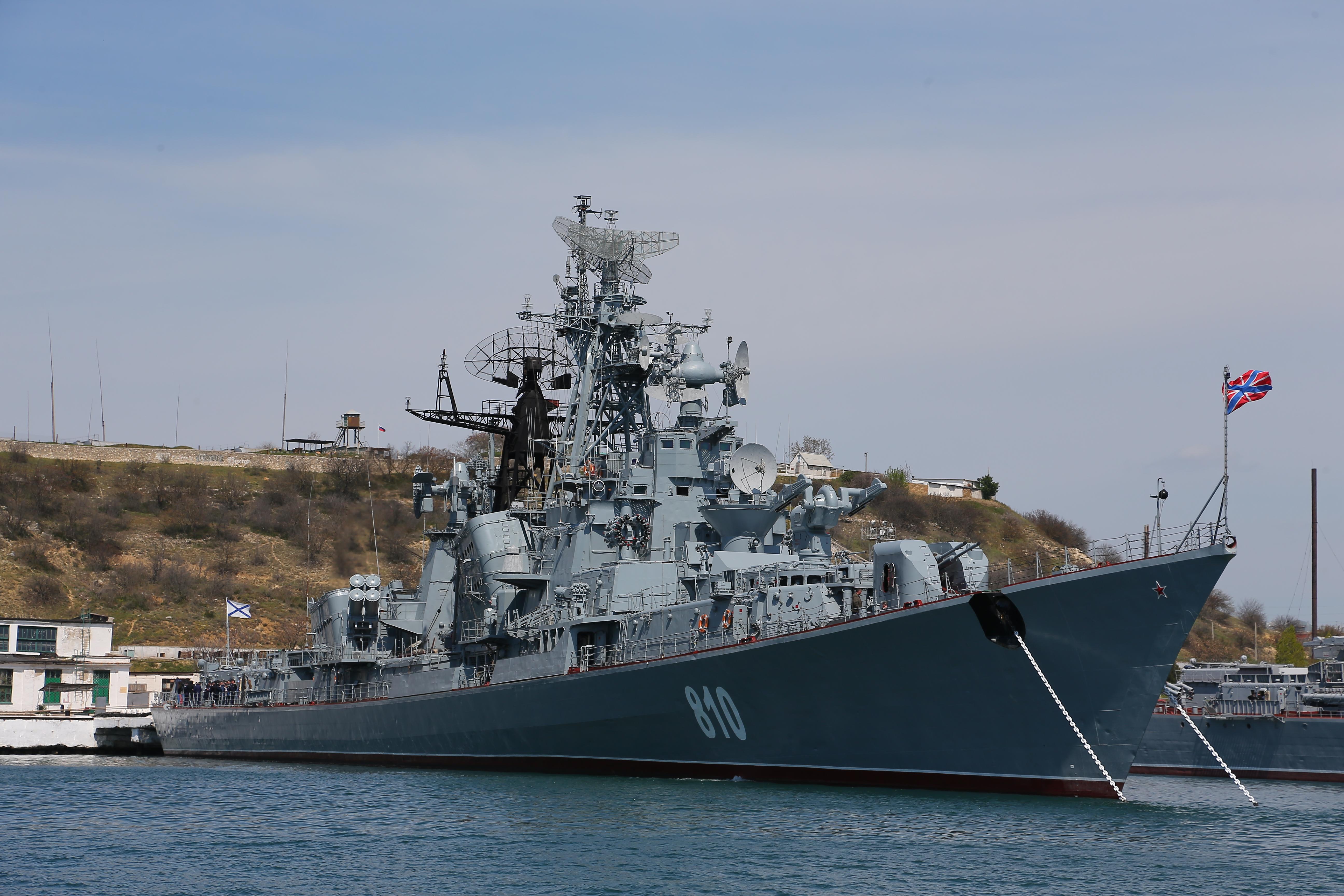 УГМК обеспечит пресной водой боевой корабль в Севастополе