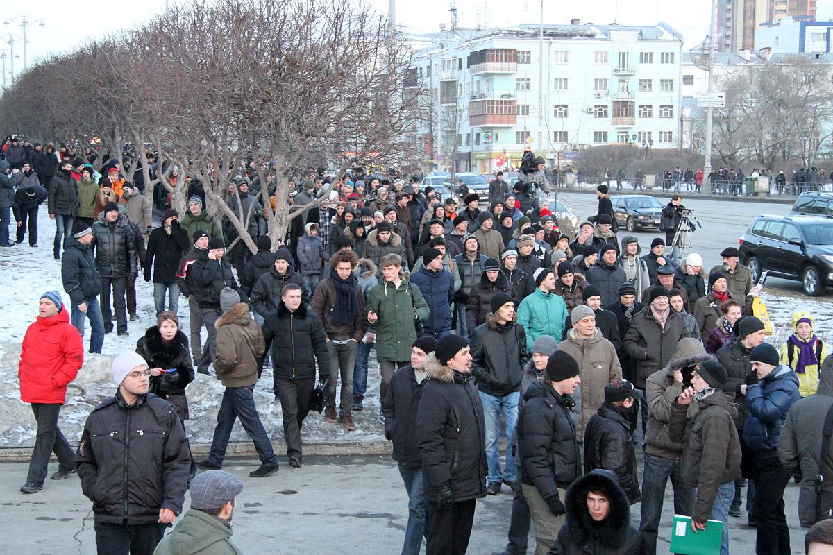 На площади Труда пройдет митинг против «#законаПодлецов»