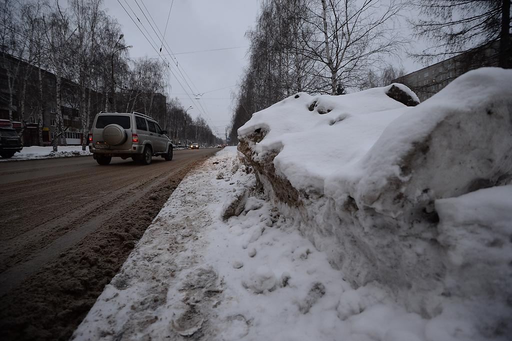 Якобы проверили, как в Екатеринбурге чистят снег: «Замечаний практически нет»