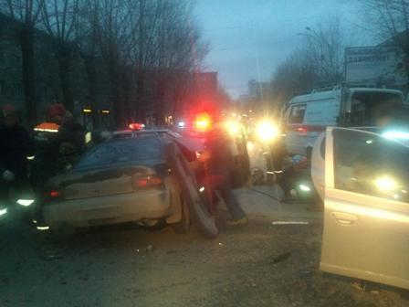 В аварии на Сибирском тракте пострадали 4 человека