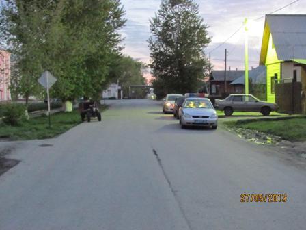 В Талице пьяный водитель мотоблока уронил пассажира