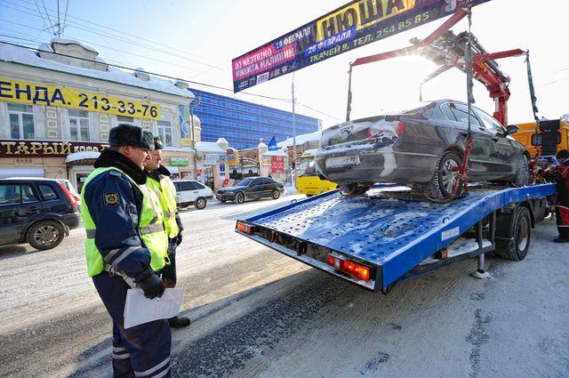 В апреле на штрафстоянки Екатеринбурга отправились 4484 автомобиля