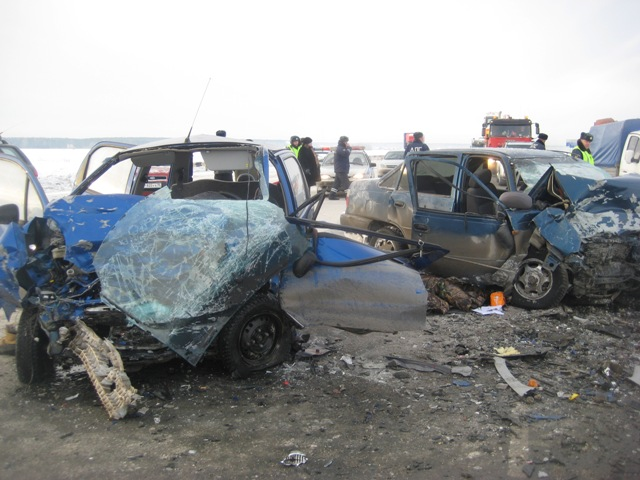 Стали известны причины страшной аварии на трассе Екатеринбург — Тюмень