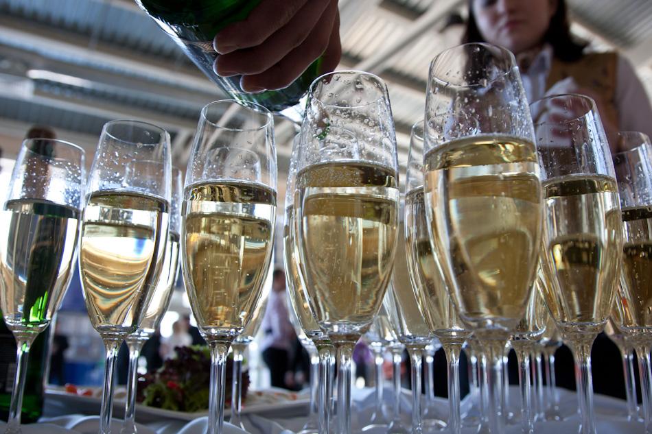 Екатеринбургский виншампанкомбинат приостановил производство вина