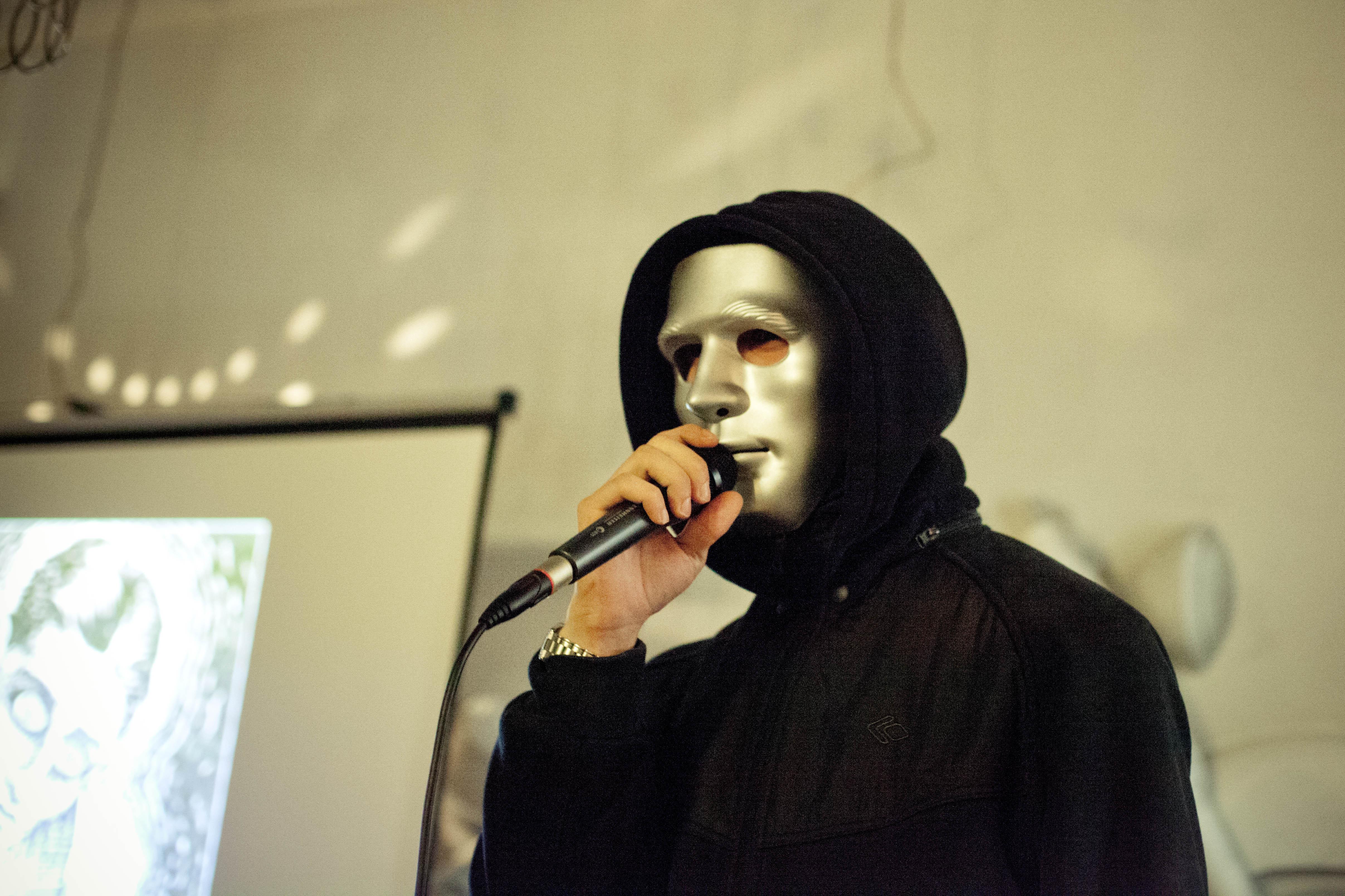 Екатеринбургские поэты устроят благотворительное чтение стихов