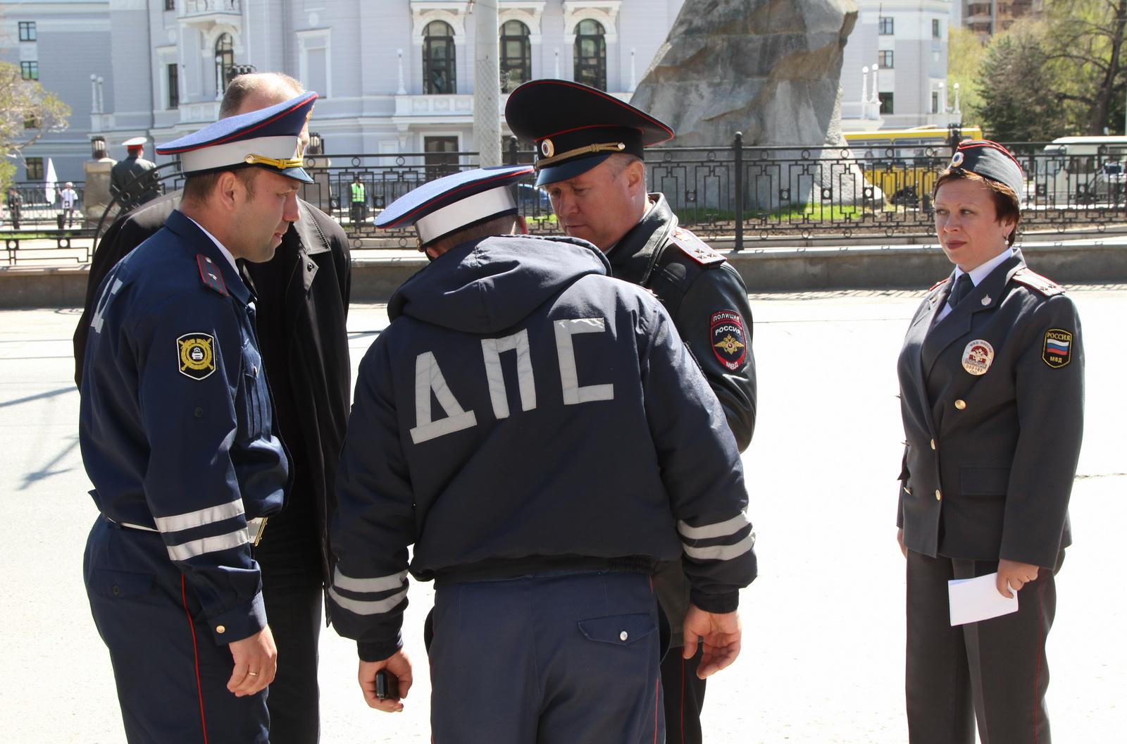 А у нас? Московским инспекторам ГИБДД выдали нагрудные видеорегистраторы
