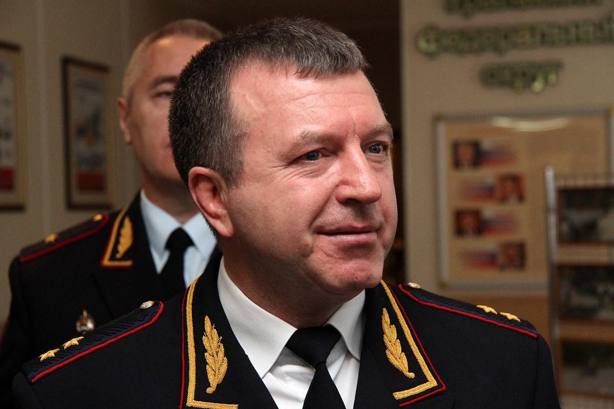 Второй пошел. Начальник свердловской полиции тоже подает в суд на Аксану Панову