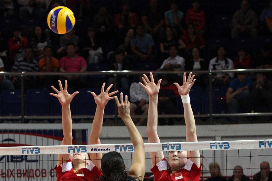«Уралочка» обыграла волейболисток из Подмосковья