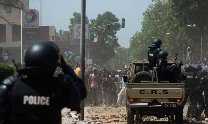 Как перчатки: в Буркина-Фасо за сутки сменились два президента