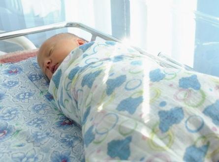 В свердловском поселке при загадочных обстоятельствах умер ребенок