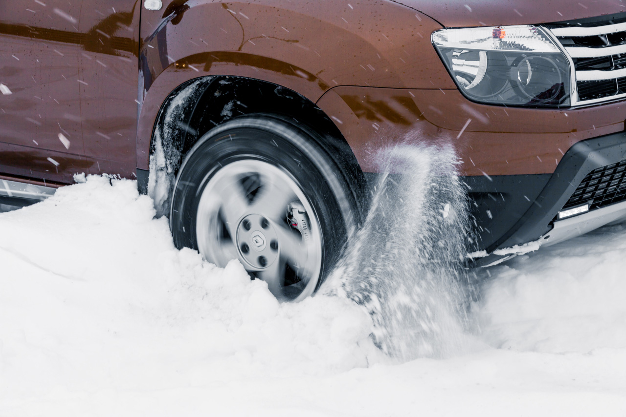 Экспресс-тест: зарываем в снег Renault Duster 4х4 с автоматом