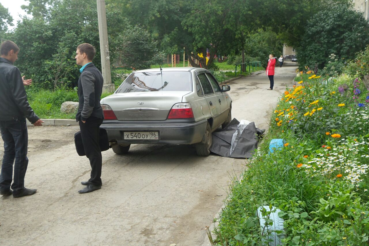 И снова погиб пешеход: во дворе на Индустрии Daewoo насмерть сбила пенсионерку
