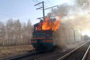 Под Каменском-Уральским загорелся поезд