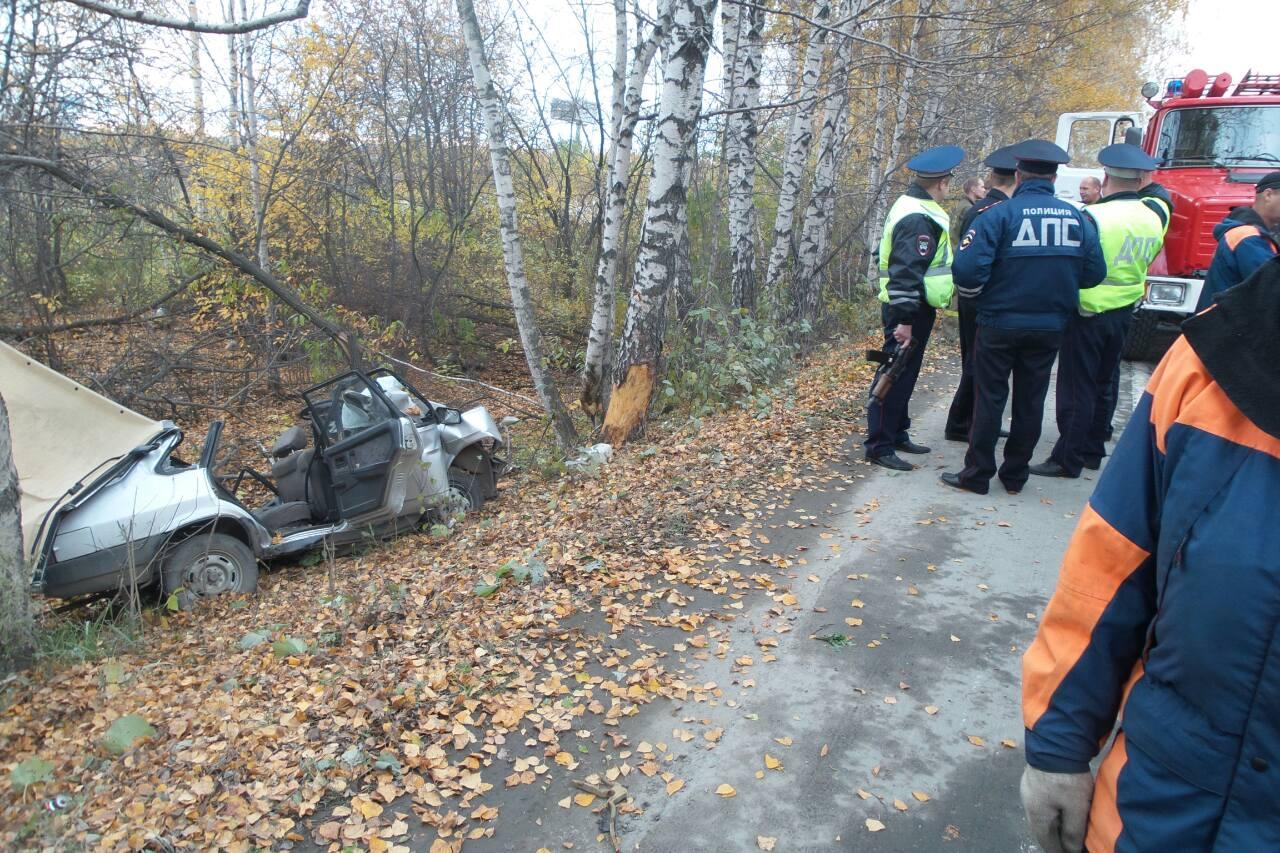 На Кольцовском тракте водитель ВАЗа уснул за рулем и вылетел в кювет
