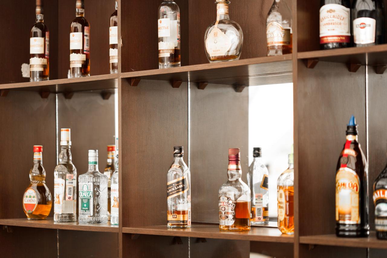 Регулирование алкогольного рынка РФ поручили Игорю Чуяну