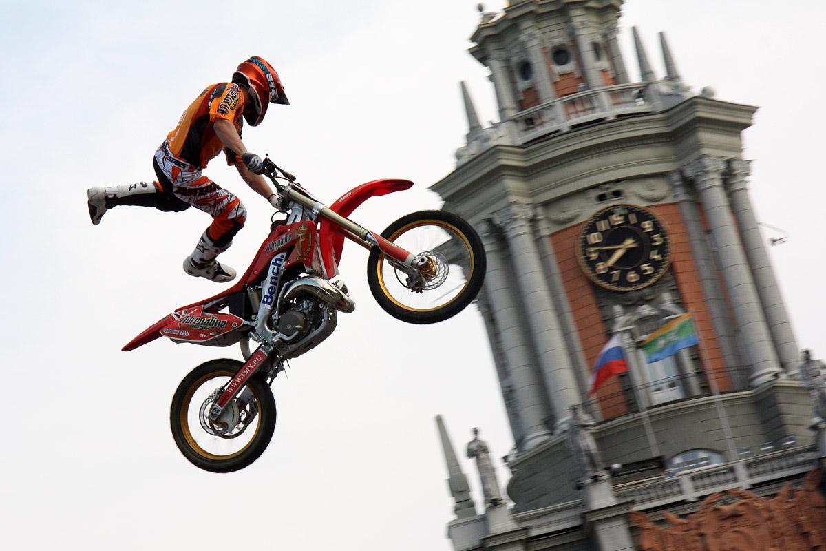 Adrenaline FMX Rush в Екатеринбурге: гроза не помешала шоу