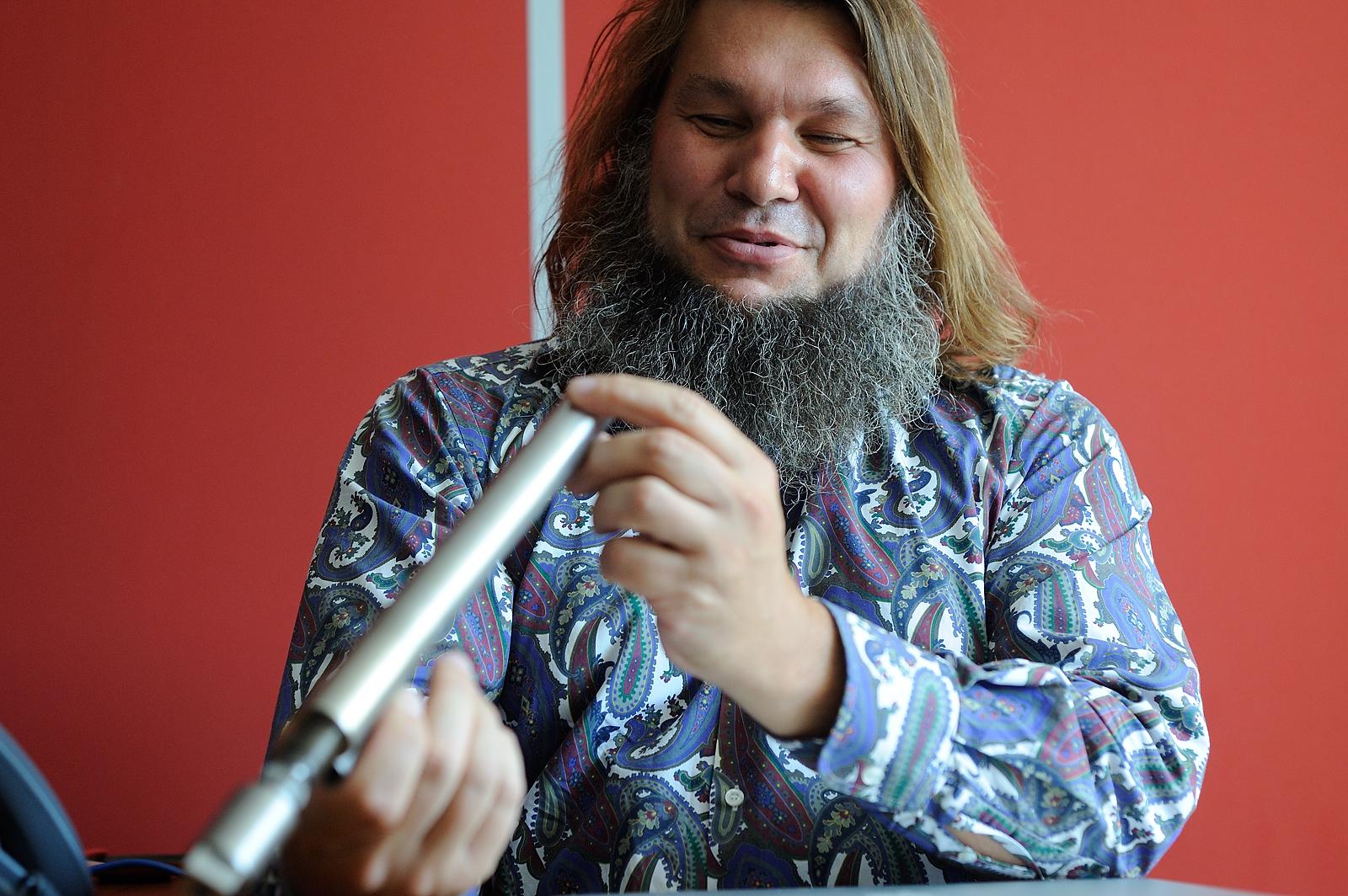 Евгений Шароварин: «Хочу заработать на технологии для нефтяников»