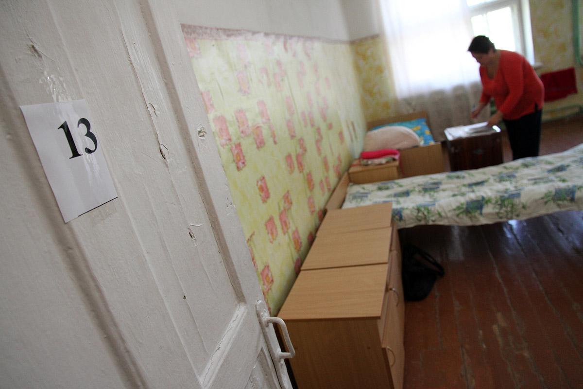 Украинские беженцы в Каменске-Уральском просят Путина защитить ДНР от Порошенко