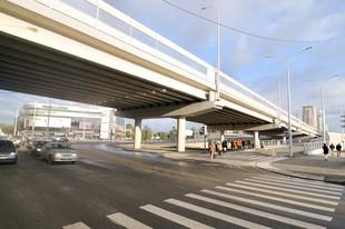 Дорогу под путепроводом на Московской будут ремонтировать ночами