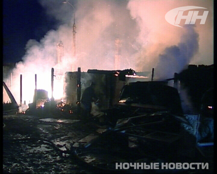 В Екатеринбурге из-за удара молнии сгорели 4 садовых домика