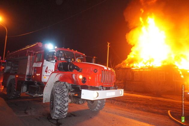 В Березовском сгорел садовый домик