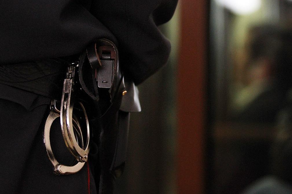 В Екатеринбурге задержали пьяную троицу, напавшую на пункт приема металла