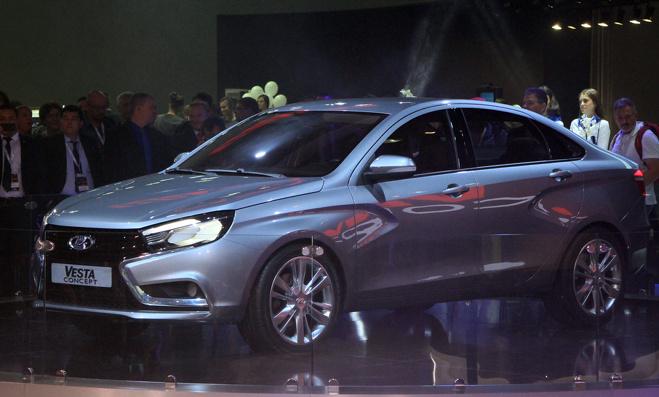 Глава АвтоВАЗа: цена на Lada Vesta будет зависеть от курса рубля