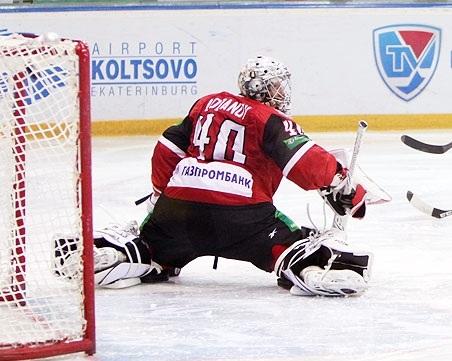 Ярославские хоккеисты разгромили «Автомобилист»