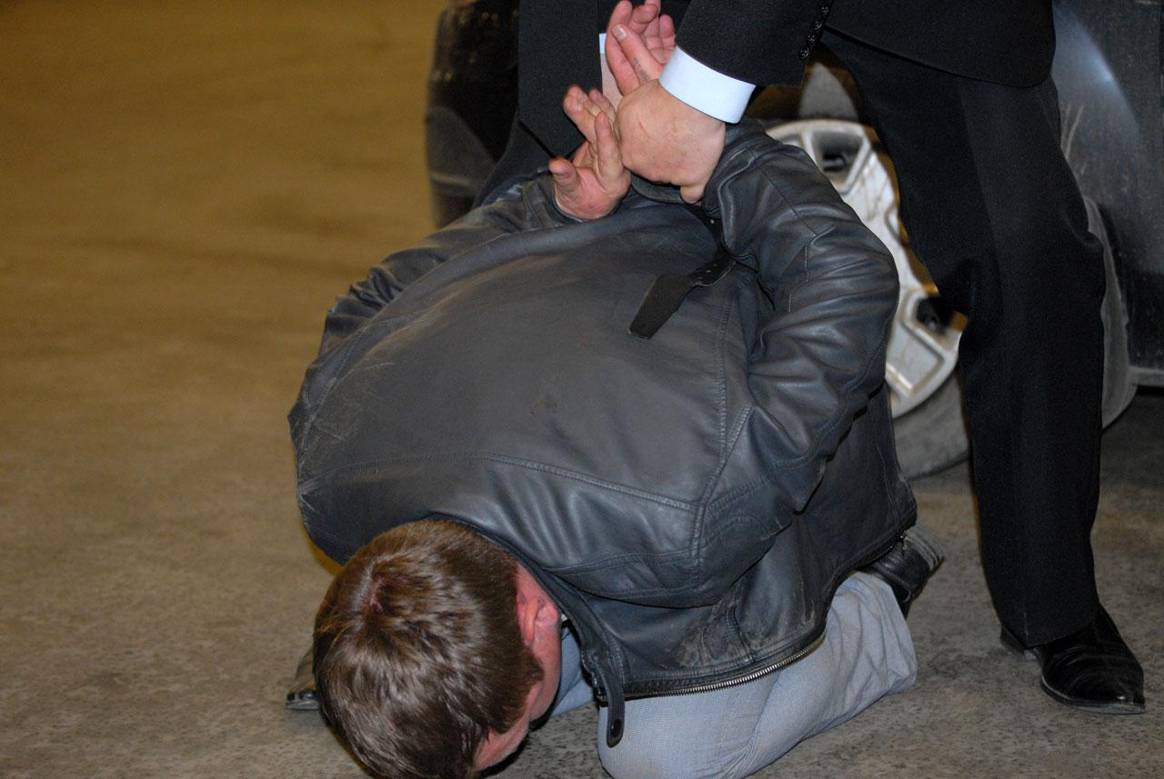 Тагильчане напали на сотрудников ГИБДД, защищая своего сына с наркотиками