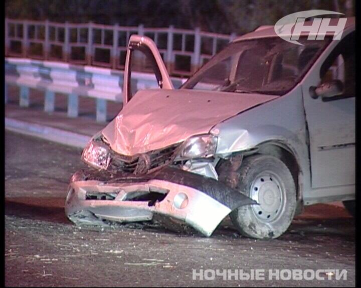 На Базовом «пьяный» Renault на большой скорости протаранил Hyundai