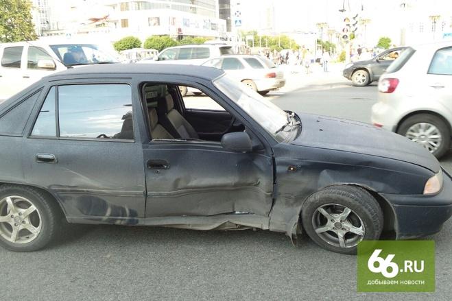 Екатеринбурженка, пострадавшая в ДТП с такси «Везет», готовит иск в суд