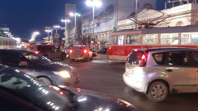 ДТП на Карла Либкнехта — Ленина парализовало движение в центре города в час пик