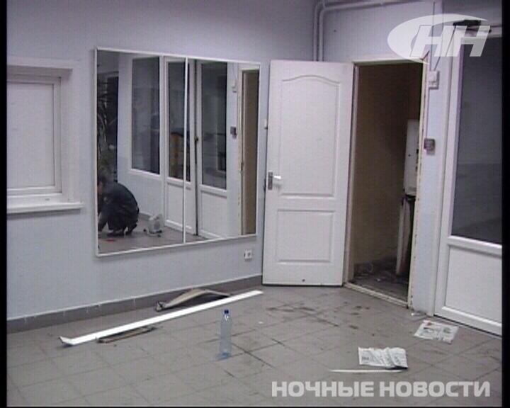 В Торгово-экономическом техникуме обчистили банкомат