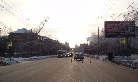 На Комсомольской пенсионер на «семерке» сбил трех девушек
