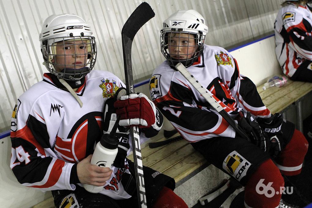 Маленькие уральские хоккеисты готовятся к большому турниру