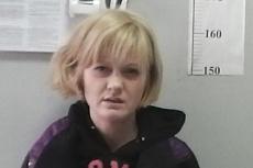 Полицейские задержали в Екатеринбурге девушку, сбежавшую из суда