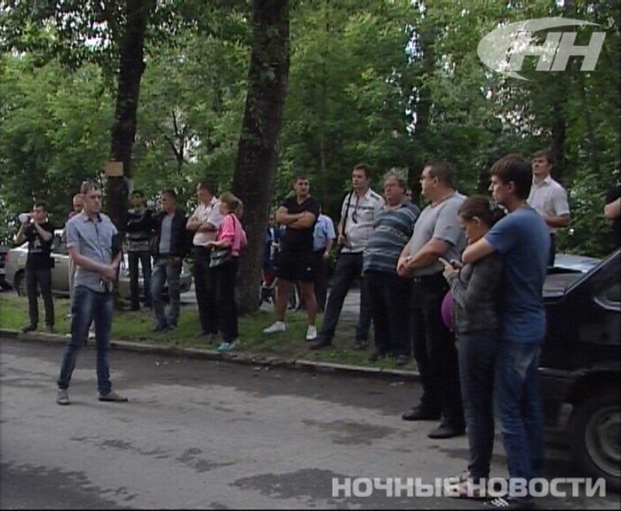 Узбекская диаспора готова помочь семье мальчика, сбитого на Минометчиков