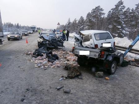 Водитель «Нивы» погиб в лобовом столкновении с иномаркой