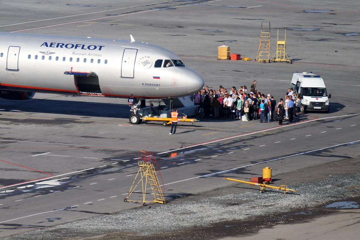 В Кольцово вынужденно сел Boeing — из-за пассажира, которому стало плохо