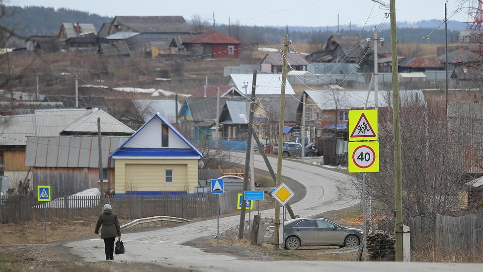 Куйвашев против Ройзмана: что думают о кандидатах их избиратели из уральской деревни
