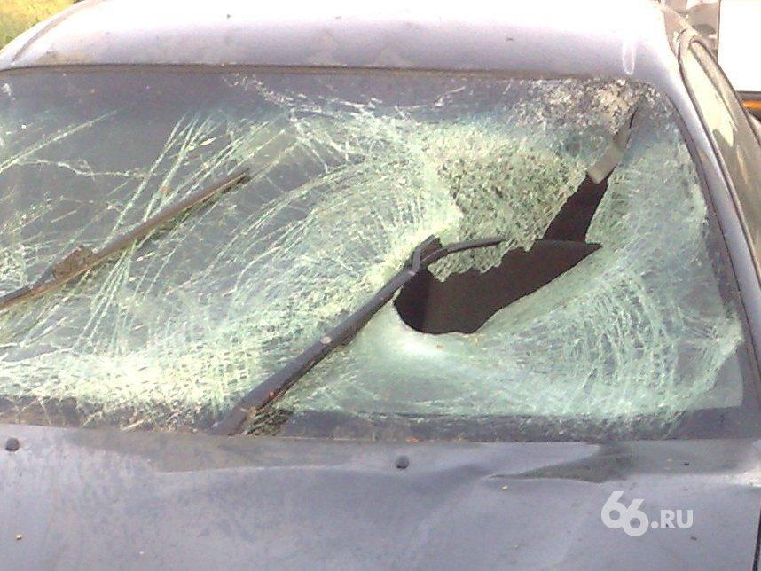 Под Верхней Пышмой Honda врезалась в пассажирскую «Газель»