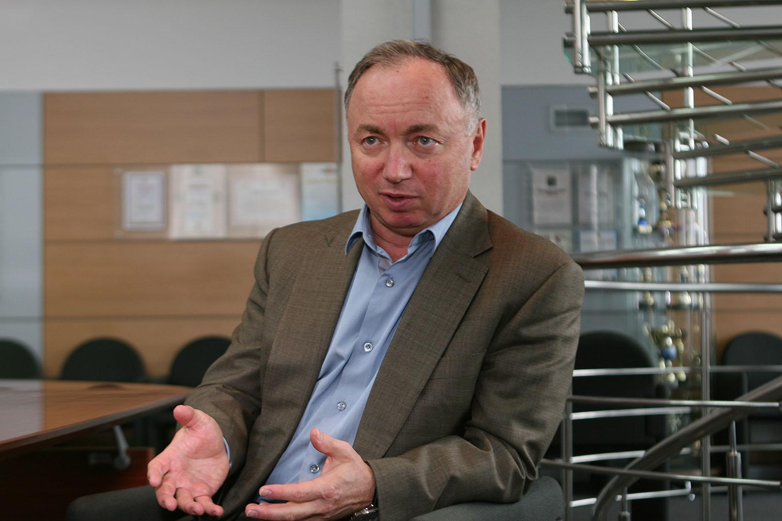 Валерий Ананьев: «Обманутым дольщикам придется еще немного подождать»