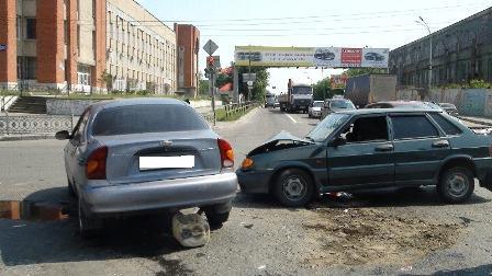 Ребенок пострадал в аварии на перекрестке Шефская — Фронтовых Бригад