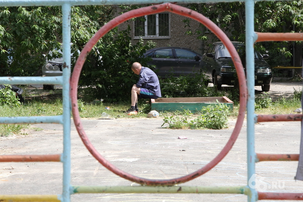Как бы «1000 дворов»: за лето в Екатеринбурге отремонтируют всего 27 объектов