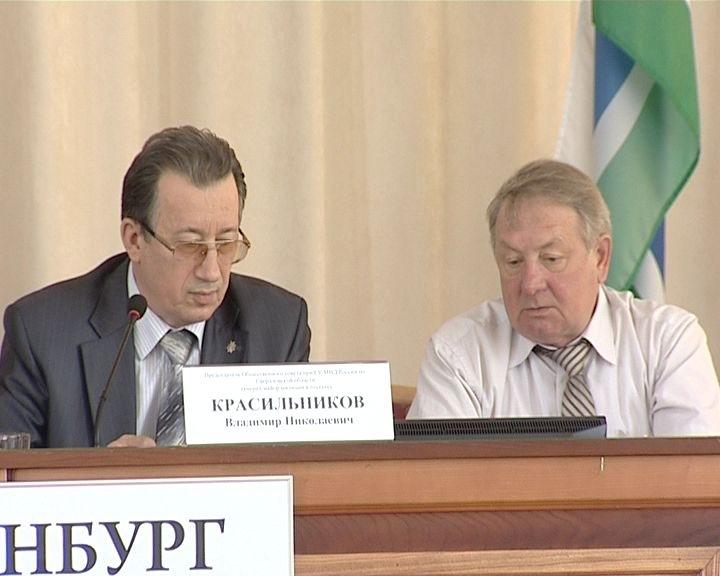 Свердловские полицейские стали регулярно дежурить вместе с общественниками
