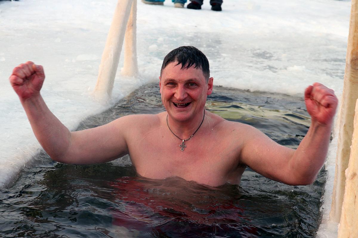 Уральские моржи отпразднуют «День мужика» в проруби