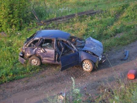 В Верхотурье подросток разбился на машине, которую взял у отца без спроса