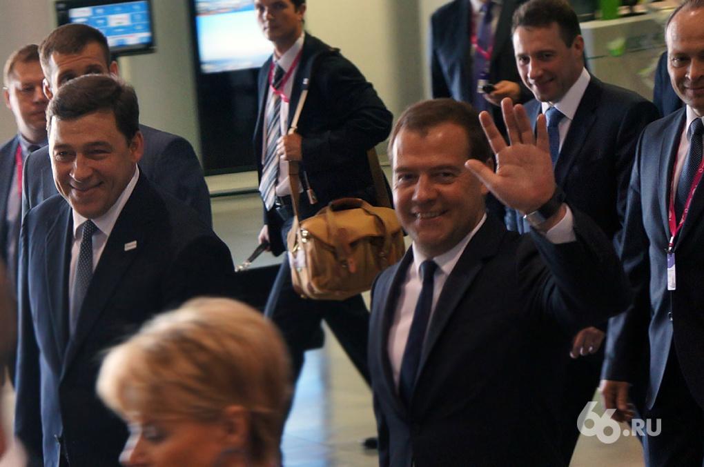 Стерильный «Иннопром»: ради премьера выставочник зачистили от людей