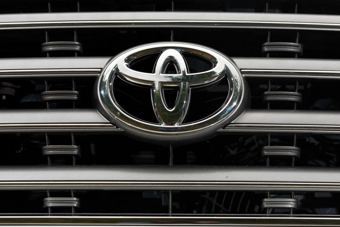 Toyota начала сборку российского Land Cruiser Prado